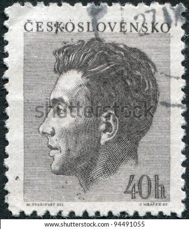 CZECHOSLOVAKIA - CIRCA 1953: A stamp printed in the Czechoslovakia, shows Julius Fuc?k (journalist), circa 1953