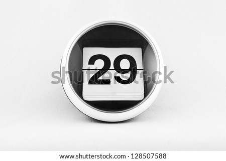 Daily calendar date change on a white background. day 29 #128507588