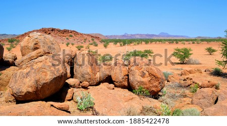 Damaraland area in Namibia, a mountainous arid area formed from large boulders in Africa Foto stock ©