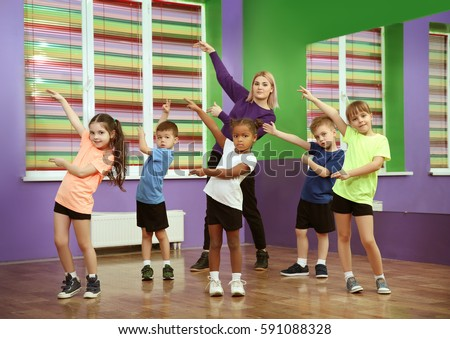 how to teach a dance class to children