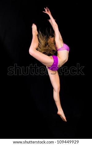 Dancing Art Girl 1