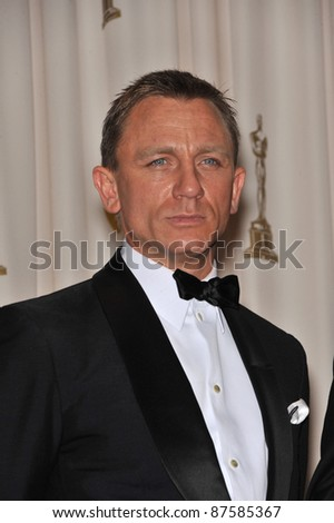 Daniel Craig at the 61st Annual Academy Awards at the Kodak Theatre, Hollywood. February 22, 2009 Los Angeles, CA Picture: Paul Smith / Featureflash