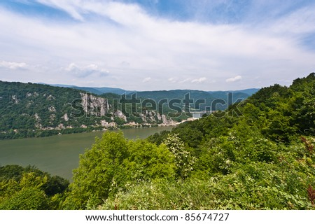 danube between mountains and - photo #2