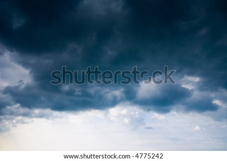 dark storm clouds approaching