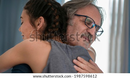 Daughter hugs his own father Foto d'archivio ©