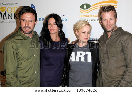 stock photo : David Arquette and Courteney Cox with Patricia Arquette and ...