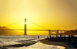 Dawn over the Golden Gate Bridge. Golden Gate bridge at dawn. San Francisco Golden Gate bridge at dawn