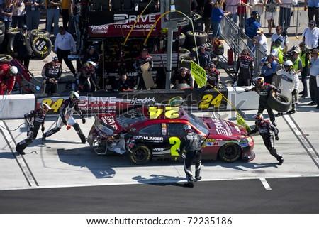 DAYTONA BEACH, FL - FEB 20: Jeff Gordon (24) brings his Dupont Chevrolet in for service during the Daytona 500 race at the Daytona International Speedway in Daytona Beach, FL on Feb 2o, 2011.