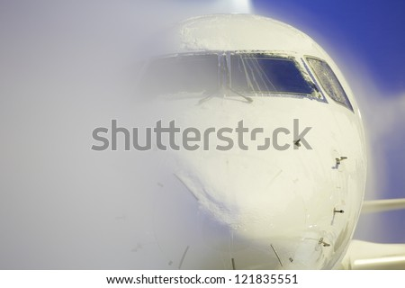 De-icing of the airplane