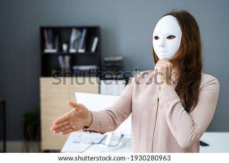 Deceitful Lying Salesmen. Business Fraud And Dishonesty Photo stock ©