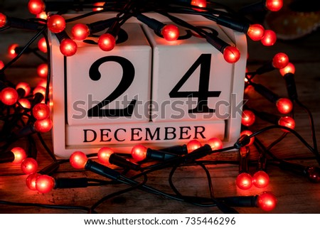 December 24th, christmas eve, date on calendar #735446296