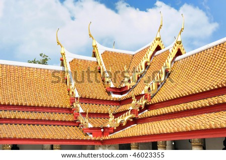 Decorated roof of buddhist temple in Bangkok, Thailand