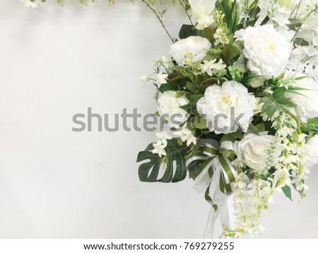 Decorative Artificial White Flowers In Vase Ez Canvas