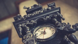Decorative Vintage Wooden Wall Clock