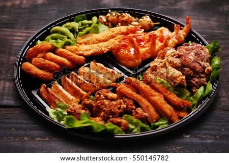 Deep fired platter - squid, chicken, prawn, dumpling platter