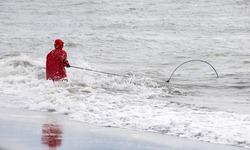 Deepnetting for King Salmon in Kenai, Alaska