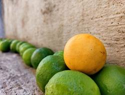 Defocused bukeh background of beautiful colourful lemon.