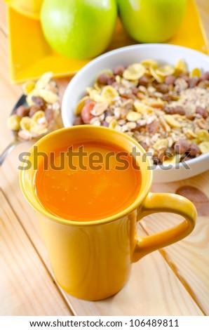 delicious breakfast with orange juice and cornflakes