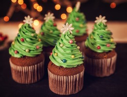 Delicious Christmas Dessert. Christmas Tree Cupcakes