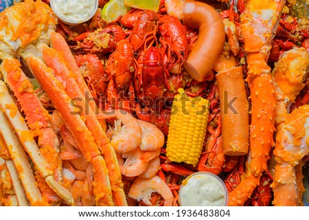 Delicious cooked crawfish and seafood  for restaurant Menu Stock foto ©