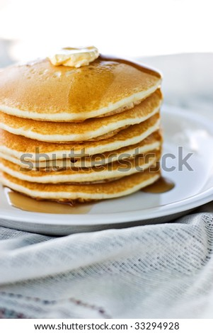 Delicious pancakes with shallow DOF