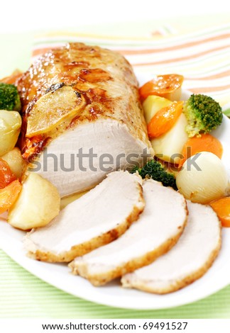 Delicious sliced roast pork with vegetables