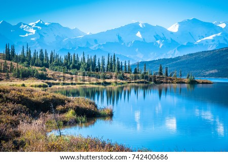 Denali National Park and Wonder lake with Mountain Background