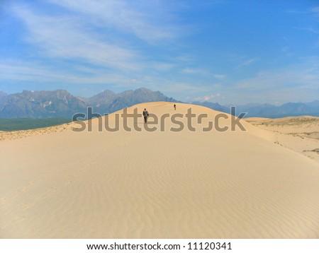 Image of: Morocco Desert Travelers On Sand Dune Ez Canvas Desert Travelers On Sand Dune Ez Canvas