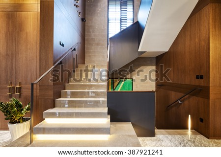 design and decoraton in modern staircase