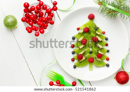 Dessert Christmas tree - Christmas fun food idea for kids