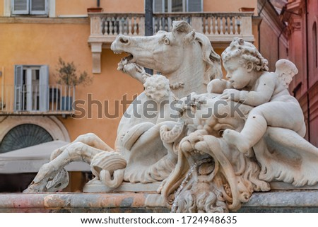 Detail of the Bernini's fountain in Rome Foto d'archivio ©