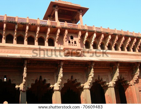 Details of wall sculpture inside Fort Agra monument in Northern India