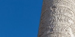 Details on the Roman triumphal column that commemorates Roman emperor Trajan's victory in the Dacian Wars. It was built in 113 AD.