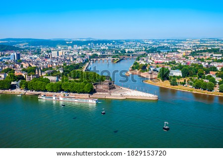 Deutsches Eck or German Corner is the name of a headland in Koblenz, where Mosel river joins Rhine in Germany Stock foto ©