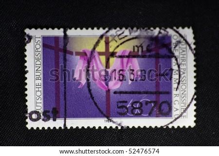 DEUTSCLAND - CIRCA 1984: A stamp printed in Deutschland shows sun, circa 1984