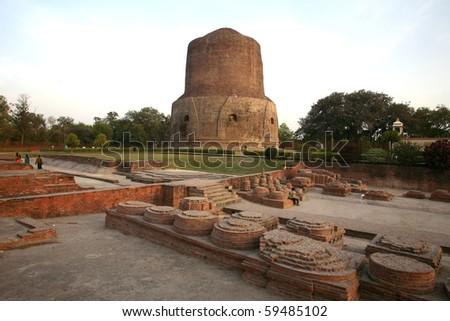 Dhamekh Stupa in Sarnath, Varanasi, India