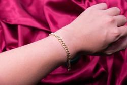Diamond bracelet 9k gold nail style