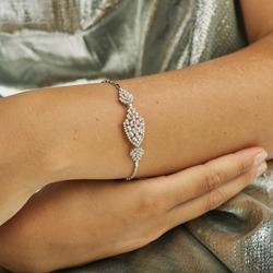 Diamond bracelet on young women