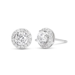 diamond stud earrings on white background,prong set,isolate