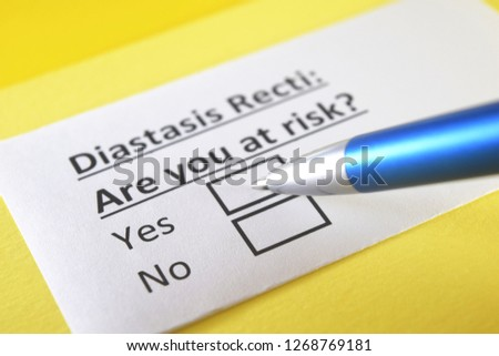 Diastasis recti: are you at risk? yes or no Stock photo ©