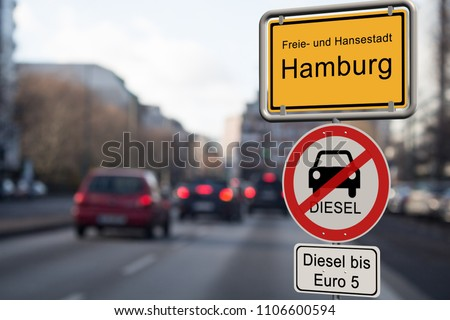 Diesel driving ban in Hamburg - city sign Hamburg with the additional sign diesel driving ban up to Euro 5