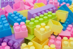 different color toy bricks