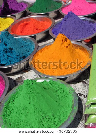 Different colors for sale in India on the occasion of Holi festival