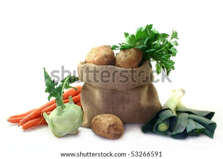 different ingredients for a delicious potato soup