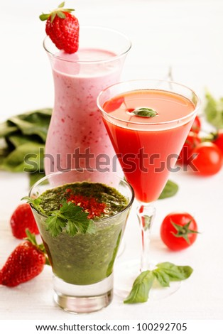 different smoothies with fruits and vegetables