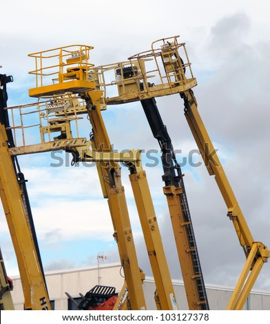 different types of cranes with basket