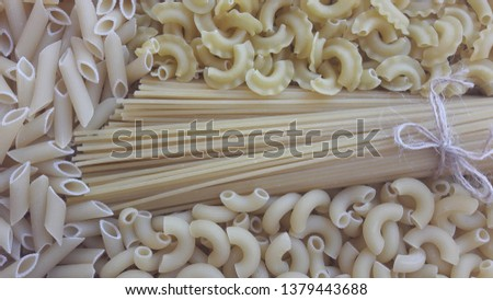Different varieties of spaghetti