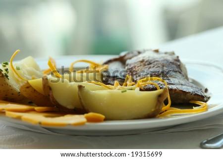 dinner plate in restaurant