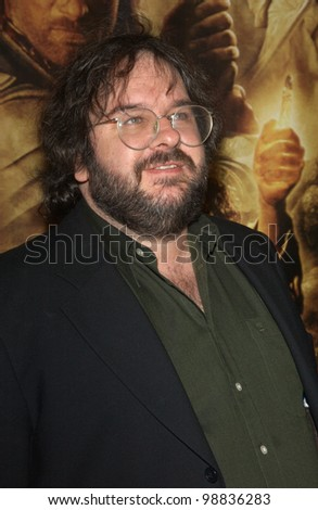 Director PETER JACKSON at the USA premiere of his new movie The Lord of the Rings: The Return of the King, in Los Angeles. December 3, 2003  Paul Smith / Featureflash