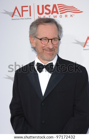 Director STEVEN SPIELBERG at the AFI Life Achievement Award gala honoring George Lucas. June 9, 2005  Los Angeles, CA.  2005 Paul Smith / Featureflash